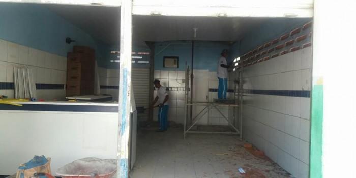 Farmácia Municipal passa por reforma