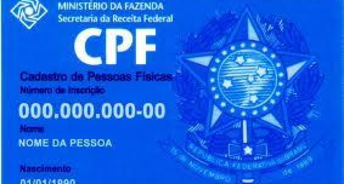 Prefeito Vinícius Lima firma convênio com a EBCT para emissão de CPF dos estudantes da rede municipal.